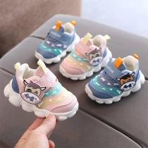 Niedliche Sneaker für Babys und Kleinkinder mit Cartoon-Tiermuster und Antislip-Sohlen