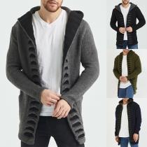 Moderne Strickjacke für Herren in Volltonfarbe mit Langen Ärmeln und Kapuze