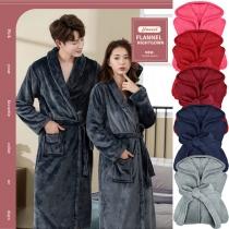 Moderne Robe aus Plüsch für Paare in Volltonfarbe mit Langen Ärmeln und Hüftband